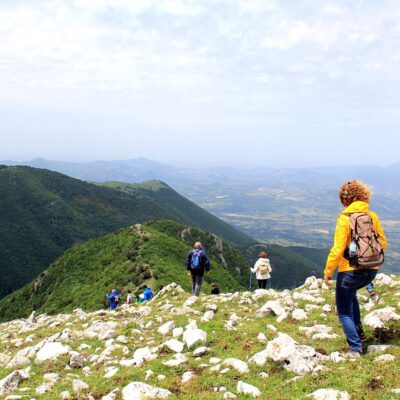 Sport: un nuovo chiarimento del Governo apre al trekking in altri Comuni se…