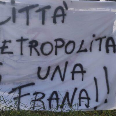 """Segni sempre più isolata, la protesta dei cittadini: """"Ridateci la Traiana"""""""